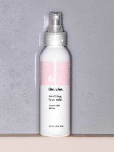 Glossier-Soothing-Face-Mist-04